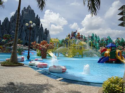 suoi tien waterpark