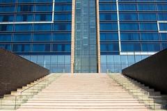 Fairmont Bab Al Bahr steps (Stuart Barr) Tags: canon uae steps middleeast symmetry abudhabi fairmont poweshot s95