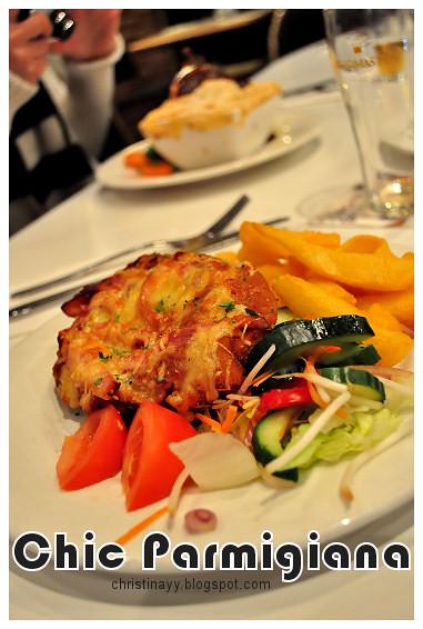 Christopher's Restaurant: Chicken Parmigiana