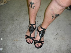 Gladiator sandals (2moshoes) Tags: man black male men leather tattoo fun him toes arch legs sandals nail ring nailpolish toering sandal toerings malefeet backstrap manfeet manglaze