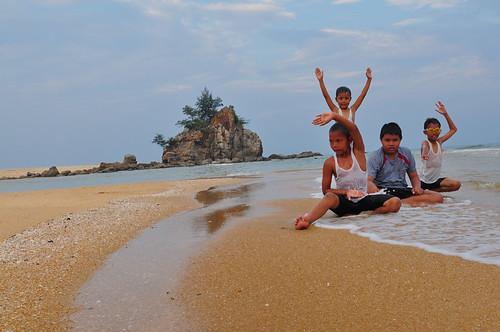 Kemasek Beach