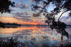 [フリー画像] 自然・風景, 湖・池, 朝日・朝焼け・日の出, アメリカ合衆国, 201010270700