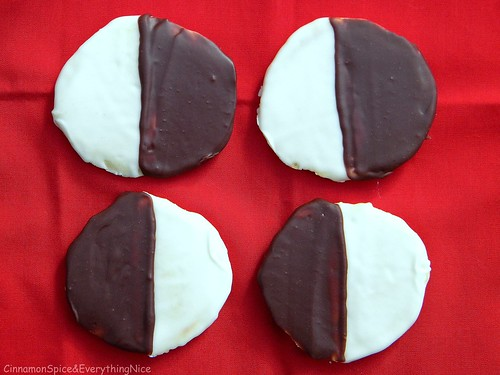 N.Y. Deli Favorites: Black & White Cookies