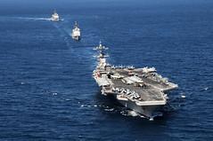 [フリー画像] 乗り物, 船・船舶, 軍用船, 航空母艦, ジョージ・H・W・ブッシュ (CVN-77), アメリカ海軍, 201010312300