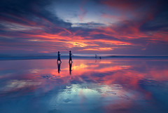 Seminyak Beach (Helminadia Ranford(New York)) Tags: sunset bali seascape beach canon indonesia seminyak 2470mm 5dmark2