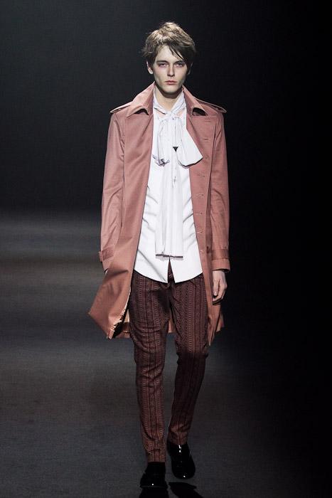 Daniel Hicks3040_SS11_Tokyo_Lad Musician(Fashionsnap)