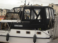 Dutch Steel canopy and Dodgers 2 (Boat Covers Ireland) Tags: motorboat dodgers boatcoversireland dutchsteel boatcoverdesign boatcovermanufacture motorboatcover irelandboats dutchsteelcanopy dutchsteelcover canvasnboatcover