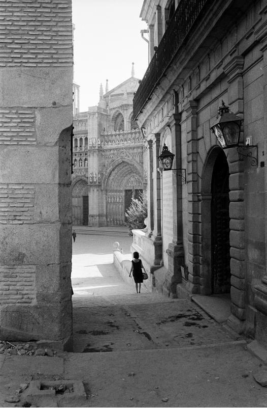 Catedral y Plaza del Ayuntamiento Toledo visto desde los Cigarrales en septiembre de 1962. Fotografía de Harry Weber. Österreichische Nationalbibliothek