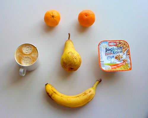 Joghurt mit der Knusperecke & Obst