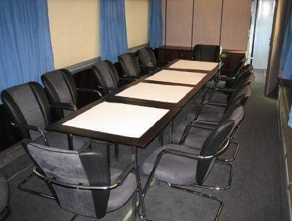 Delegate travel with private conference carriages