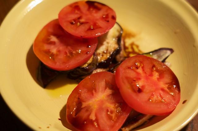 豚肉とナスとトマトの重ね焼き。バルサミコソースで