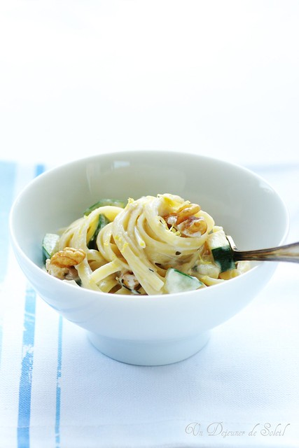 Mascarpone and zucchini linguine