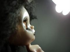 ela está em busca da luz...*she is looking for the light ..