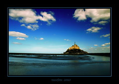 (tozofoto) Tags: light shadow sky france travelling water colors st architecture clouds canon gothic atlantic insel michel normandy mont chatedral supershot flickrdiamond tozofoto