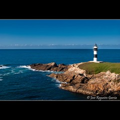 Oh, missed summer (Jose Regueiro) Tags: blue sea summer lighthouse faro mar galicia ribadeo cantbrico islapancha