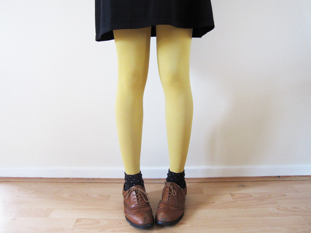 Close up mustard tights and brogues