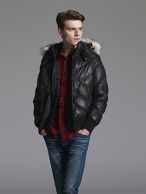 Douglas Neitzke0332_UNIQLO DOWN CAMPAIGN WINTER 2010(Official)