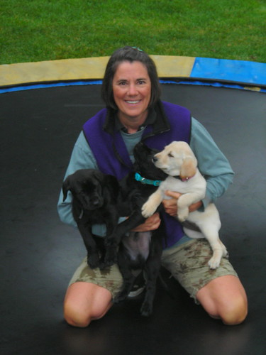 donna with puppies