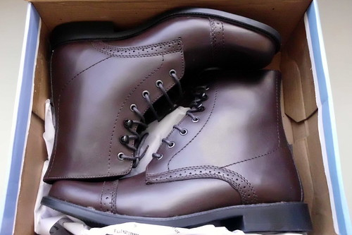 paddock_boots