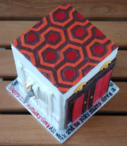 The doors of The Shining cake - carpet pattern