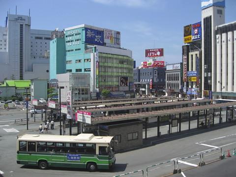 秋田の「顔」進む弱体化 駅前の商店振興組合が相次ぎ解散