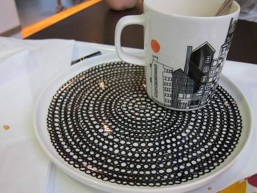 marimekko cup and plate