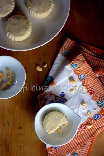 Kue Bangket Kacang