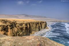 Where desert meets ocean (Fil.ippo) Tags: travel landscape raw desert per viaggio filippo paesaggio deserto paracas d5000 oceran ocerano