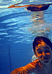 diving under water (Marga V) Tags: blue boy summer sunshine swimming schwimmen sommer diving swimmingpool blau junge sonnenschein tauchen schwimmbad