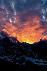 one does not simply walk into mordor (visitor1337) Tags: sunset mountain mountains alps nature berg landscape austria sonnenuntergang natur berge landschaft stanton lechtaleralpen enfuse alignimagestack leutkircherhtte