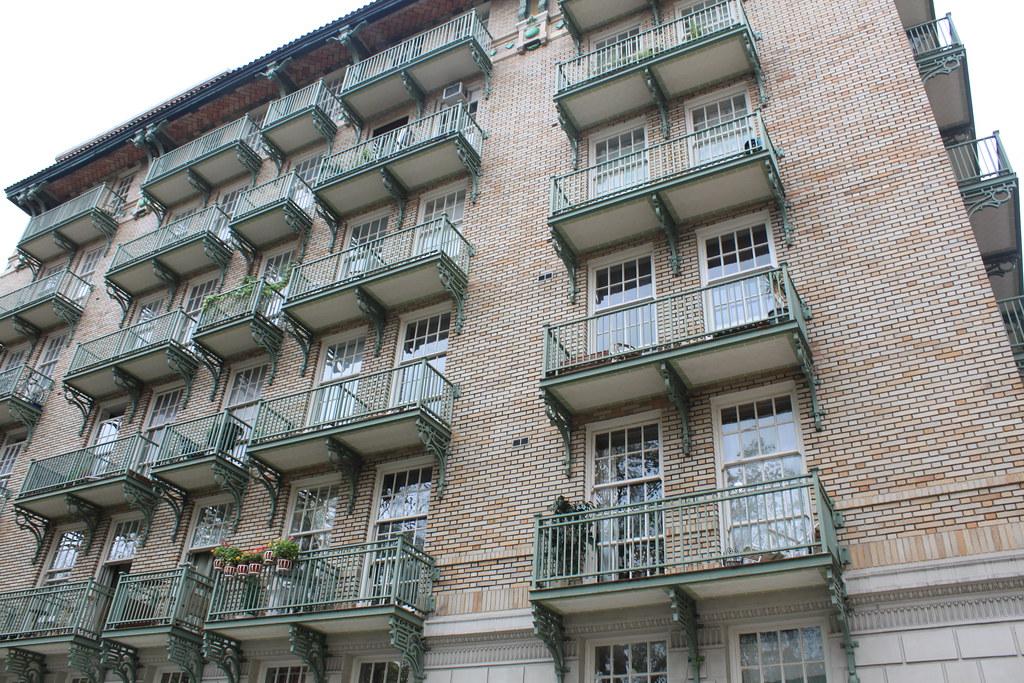 Cherokee Apartments