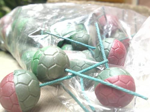 bom dibuat dari mercun bola