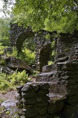 Madame Sherri's Forest (Kadeefoto) Tags: newhampshire nh staircase stonestaircase stoneruins chesterfieldnh madamesherriscastle madamesherrisforrest