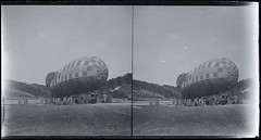 Great War Observation Balloon Stereoview (3 of 4) (whatsthatpicture) Tags: observation military balloon stereo stereoview ww1 greatwar worldwar1 publicdomain observationballoon