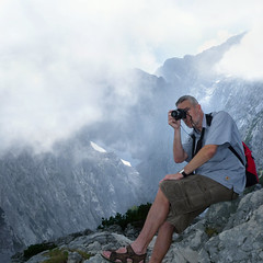 Ben The Man at work (B℮n) Tags: bavaria berchtesgaden topf50 photographer ben hiking camel vista gorge eaglesnest kehlsteinhaus gipfelkreuz königssee panoramicview kehlstein 50faves göll hohergöll snowinthesummer southofgermany benatwork kehlsteinmountain vertoramic 1834m hohergöll2522m snowonthemountain2522m mountaintopcross sappensteig ofenerboden berchtesgadenvalley viewonhohergöll
