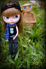 ~ I'm not sure, but ... ~ (Bruna Lacrout ☆) Tags: hat doll alice blueeyes alien sunday jeans grama jardim blythe bangs custom et domingo xadrez cuthair rbl sardas takaratomy liccabody primadolly ixtee winsomewillow pdww sonya230