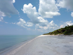 Gulf of Mexico vanishing point (ashabot) Tags: ocean gulfofmexico florida beaches