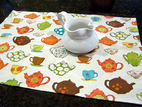 Tea Towel with Teapots