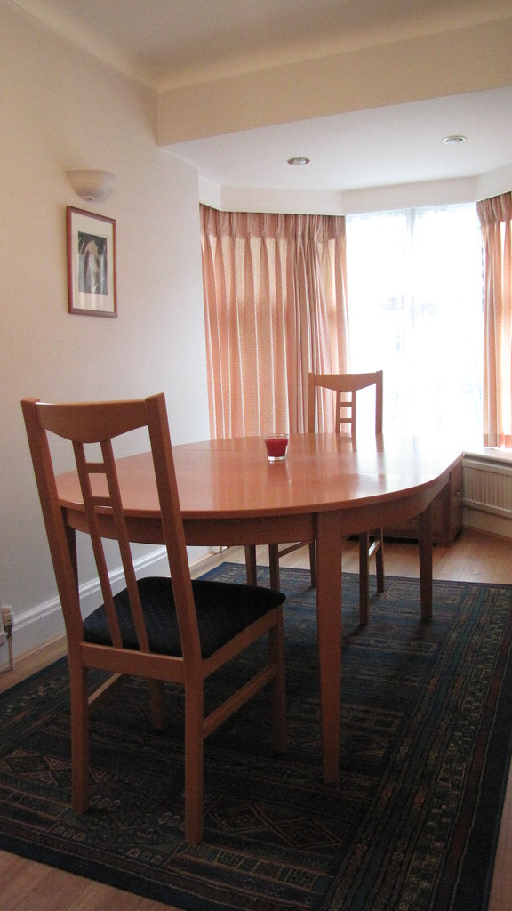 APARTMENT SIZE DINING TABLE. APARTMENT SIZE - 60 X 60 SQUARE ...