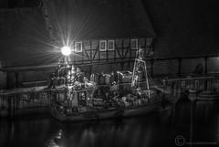 (Leazwen) Tags: sea bw house fish night dark harbor meer ship nacht haus fisch sw wismar hafen ostsee hdr highdynamicrange dunkel fischkutter nikond60 stillelandschaft
