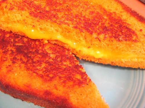 tomato bread sandwich