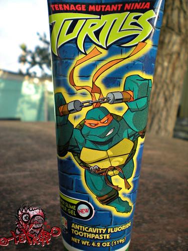"Zoothpaste : ""Teenage Mutant Ninja Turtles"" - ' SEWER SLIME POWER GEL' ANTICAVITY FLOURIDE TOOTHPASTE v (( 2004 ))"