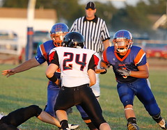 7_44D_2278 (EJ Photo Site) Tags: school man football high 8 2010 obhs obhsfootball obhswesternplains