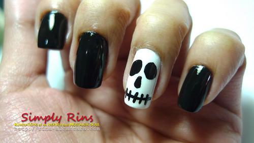 Nail Art Halloween Skull 02