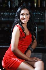 [フリー画像] 人物, 女性, 笑顔・スマイル, ドレス, ニカラグア人, 201010111500