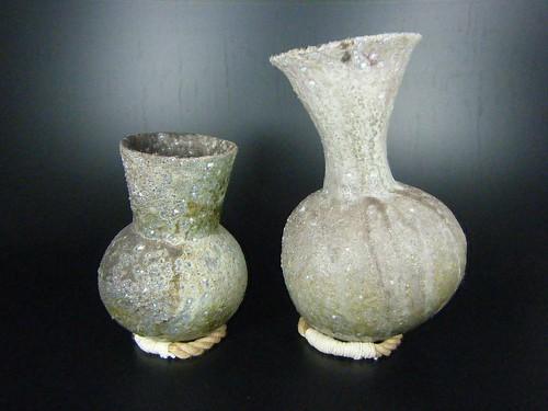 yoshisuji vases