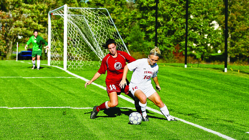 womensoccer_sports_oct12_tnguyen  005
