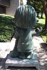 Linus statue in Santa Rosa - 1 (cannellfan) Tags: california art statue peanuts linus santarosa 2010 charlesmschulz linusvanpelt