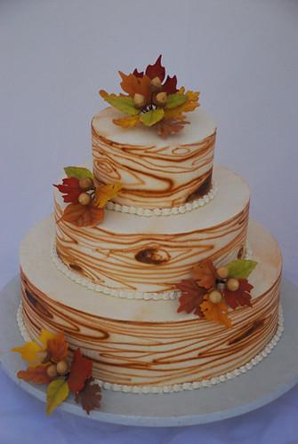 Wood grain fall leaves wedding cake