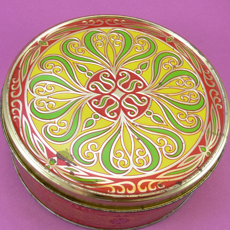 Vintage Art Deco Style Fruit Cake Tin
